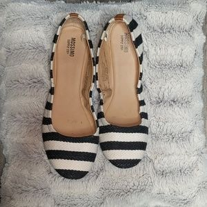Black/ white striped Flats | Sz. 7.5